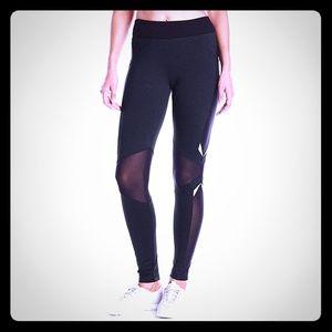NEW Blanc Noir Breeze leggins S compression waist